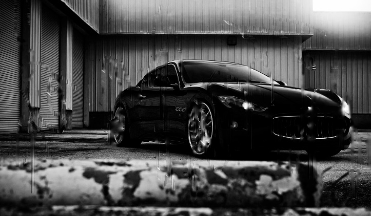 Musta auto seksiä